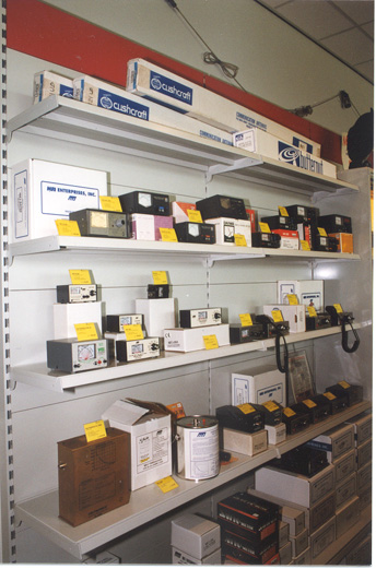 Measuring equipment with a.o. SWR/power meters and dummy loads