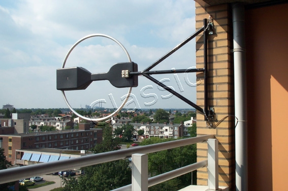 MFJ 1786X Magnetic Loop Antenna 10-30 MHz incl  controler